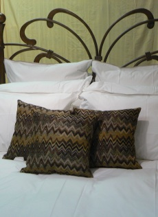 Bed with Decorative Throw Pillows
