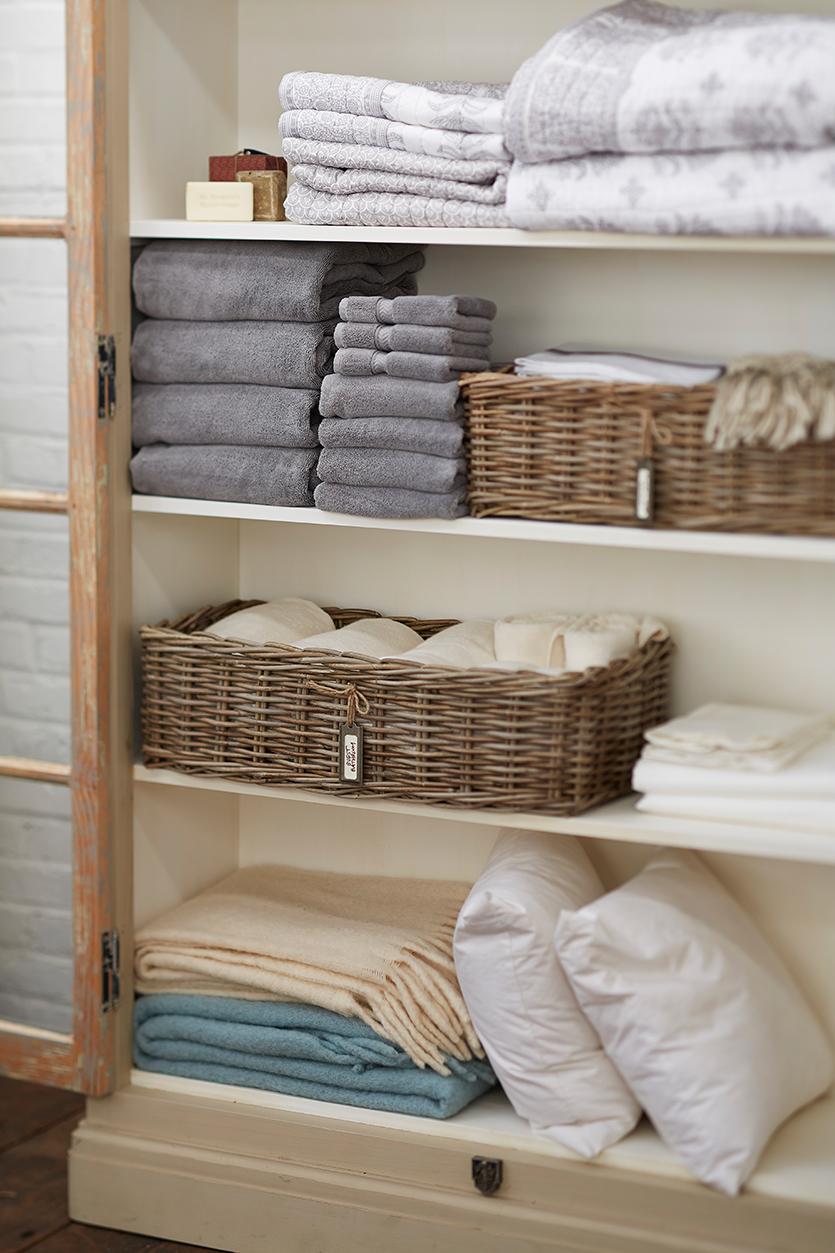 Linen Closet Organizing Bedding And Bath Towel Information